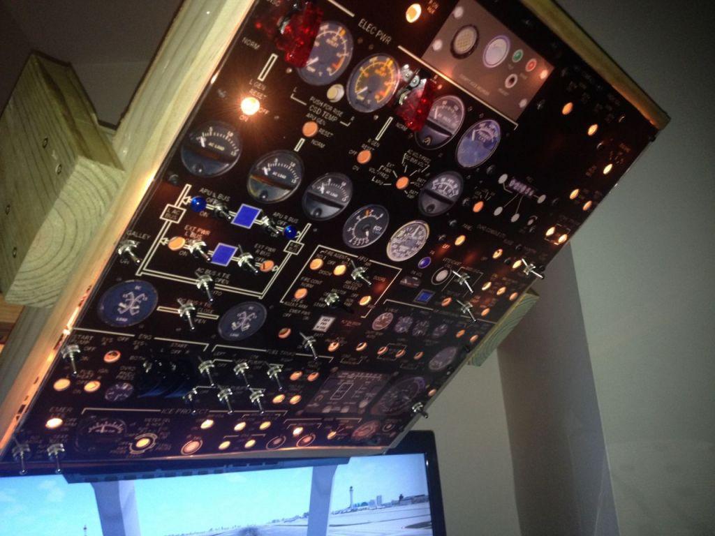 MD80 Overhead Panel